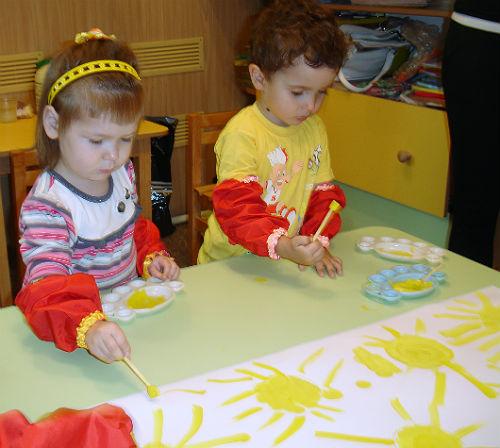 обучение рисованию в студии раннего развития