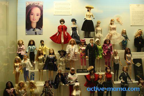 куклы Барби в Музее игрушек