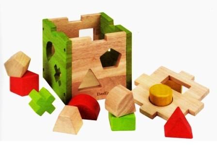 Развивающая игрушка сортер