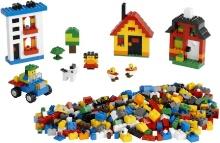 пластмассовый детский конструктор