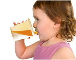 как научить ребенка пить