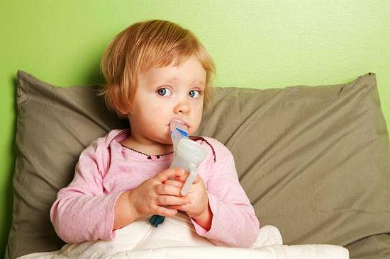 Можно ли делать ингаляции небулайзером при температуре ребенку или нельзя?