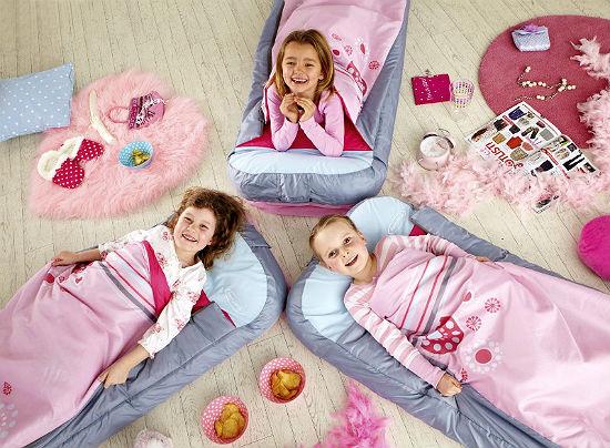 Пижамная вечеринка девочек