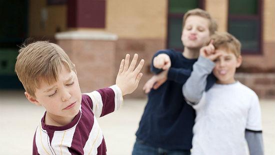 Буллинг в школе - что это такое и как с ним бороться