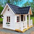 Деревянный дом ребенку на дачу