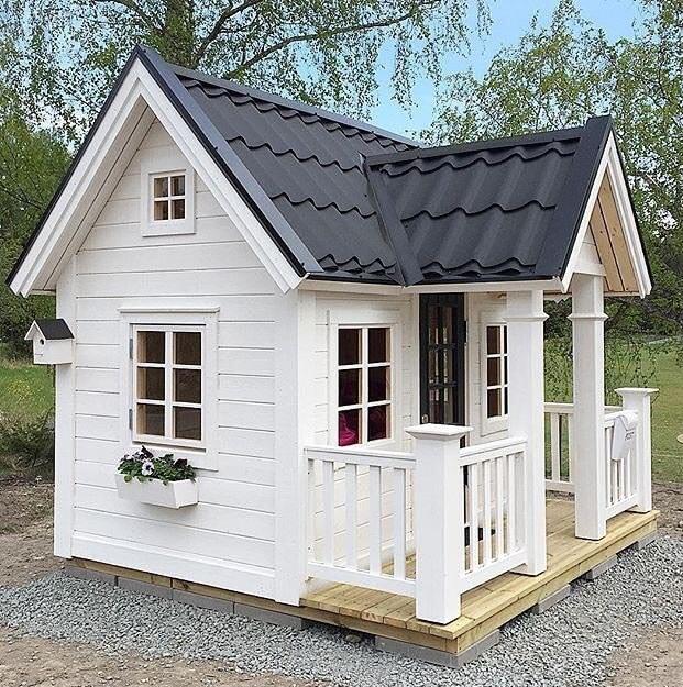Дом из дерева ребенку