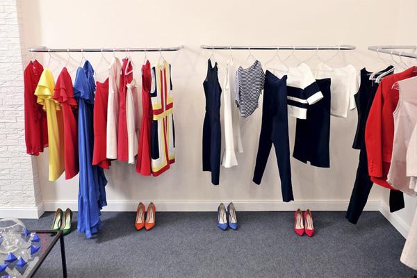 Как открыть шоу-рум женской одежды