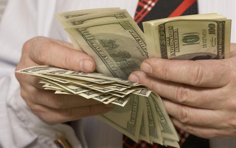 Зарплаты в США: средняя, минимальная, размер налогов